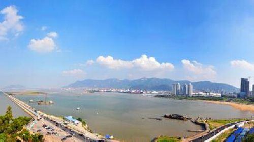 青岛+蓬莱+威海+烟台+连云港5日4晚跟团游·品山东