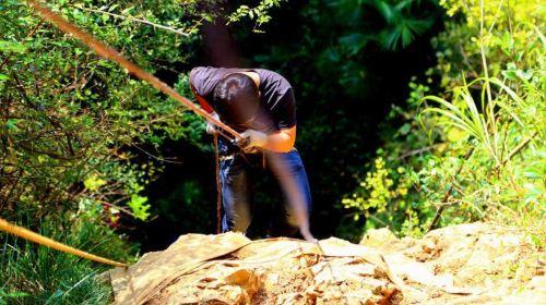 极限挑战 纪龙山原始丛林历险记 速降 溶洞探险 烧烤晚会全体验