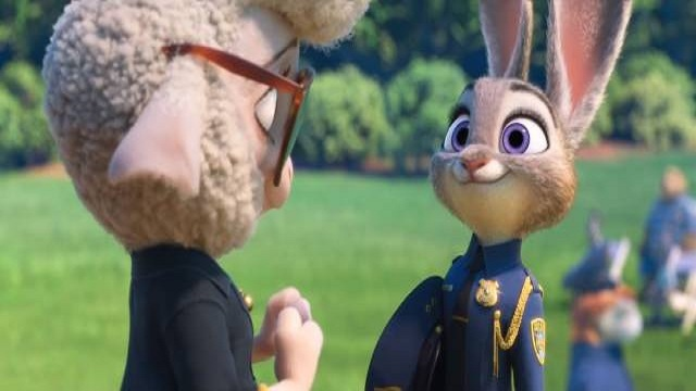 """和平友好相处的一名""""大型动物""""警官的话"""