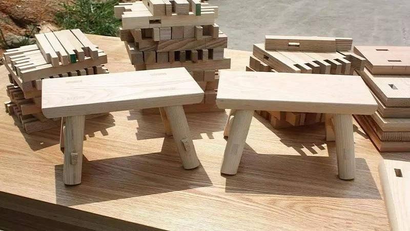 和老艺人学手工:木工做板凳/做竹杯等