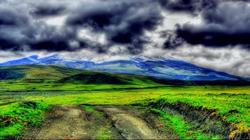 考多帕西 火山脚下