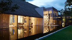 Cheval Blanc Randheli white-galerie