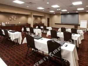 Hampton Inn & Suites Winston-Salem/University Area