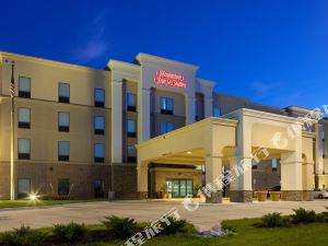 Hampton Inn and Suites Lincoln Northeast/I-80, NE