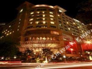 호텔 호리즌 세마랑 (Horison Semarang)