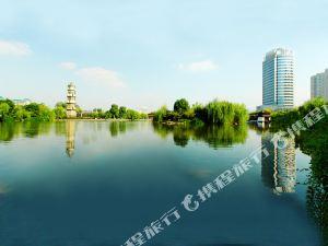 이메이 플라자 호텔(Yimei Plaza Hotel)