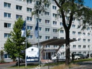 TRYP by Wyndham Berlin City East Hotel