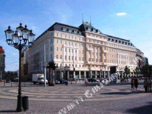 래디슨 블루 칼튼 호텔, 브라티슬라바(Radisson Blu Carlton Hotel, Bratislava)