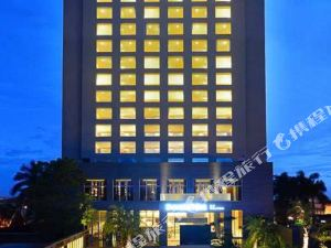 DoubleTree by Hilton Hotel Pune - Chinchwad