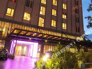 GLOW Hotel Penang