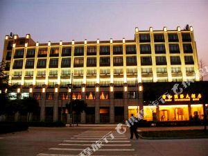 쥔허 인터내셔널 호텔(Jun He International Hotel)