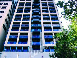 오크스 호라이즌스 호텔 (Oaks Horizon Adelaide)