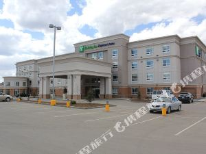 홀리데이 인 익스프레스 보니빌 (Holiday Inn Express Hotel & Suites BONNYVILLE)