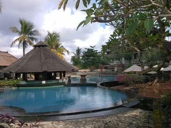 巴厘岛卡曼达鲁度假村(kamandalu resort & spa bali)