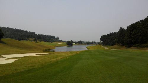 我们将为您提供前后30分钟的开球时间 球场介绍 银杏湖国际高尔夫