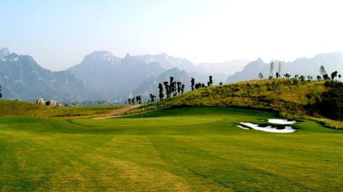 张家界高尔夫俱乐部