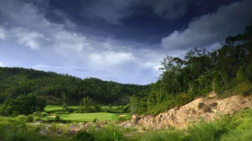 三亚甘什岭森林高尔夫球会