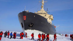 北欧地区唯一破冰船