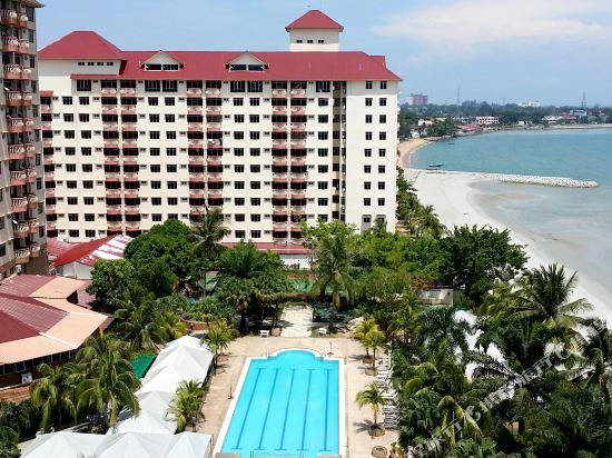 Glory Beach ResortPerempuan Mandi Buka Baju Tanah Merah New