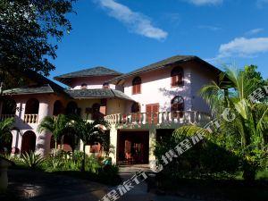 카스텔로 비치 호텔 (Castello Beach Hotel Praslin Island Seychelles)