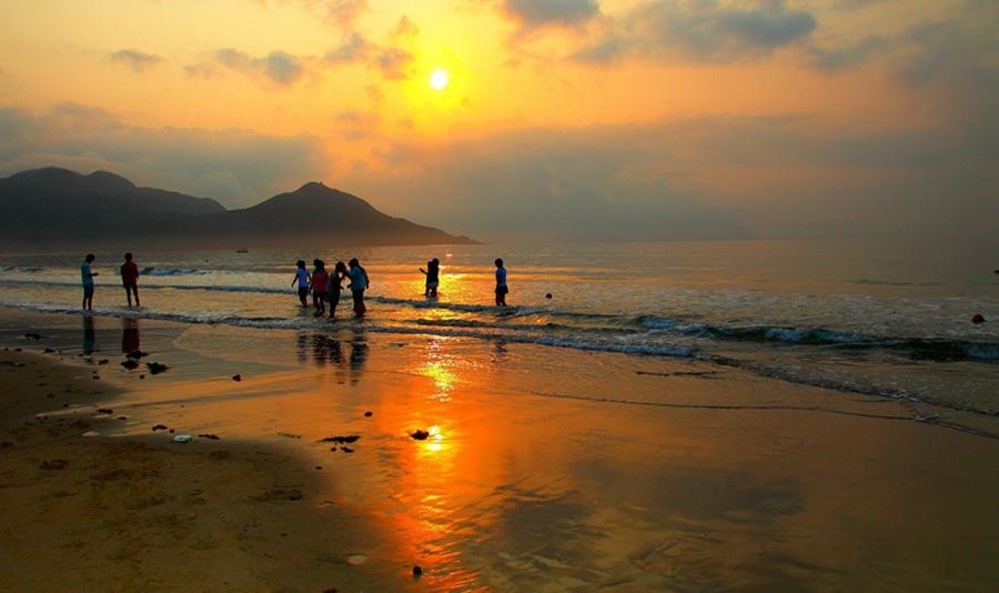深圳2日跟团游·西冲海滩+海边木屋+美食超玩团