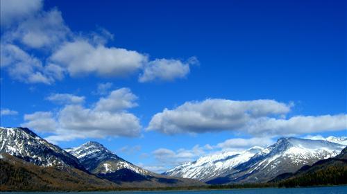 乌鲁木齐 喀纳斯4日3晚跟团游(2钻)·疆内软卧 冰雪仙境 一晚4星景区