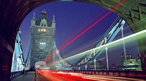 伦敦塔桥夜景(英国旅游局友情提供)