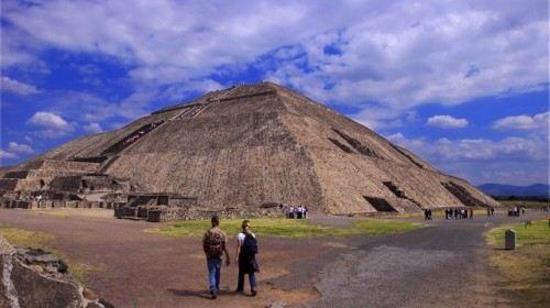 太阳金字塔4