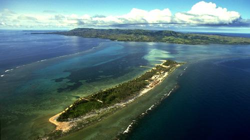 关岛是位于西太平洋的岛屿,美国海外属地, 位于马里亚纳群岛最南端,是