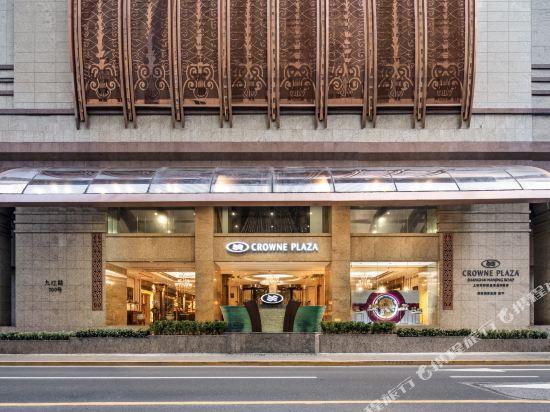 上海南新雅皇冠假日酒店