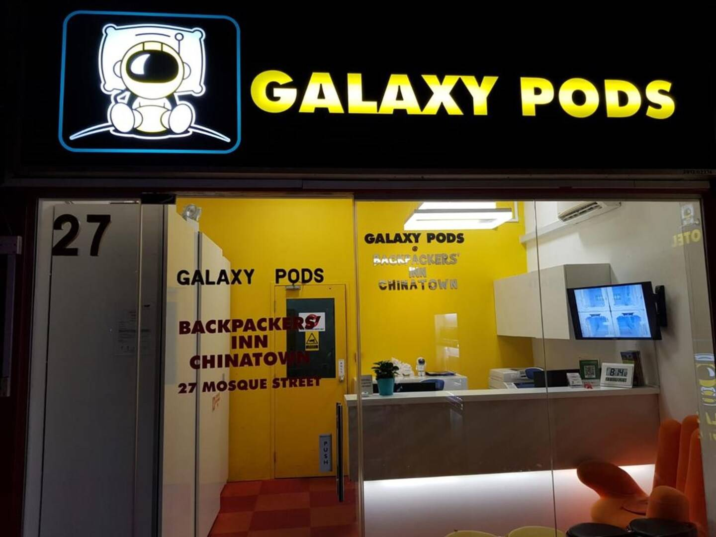 Galaxy Pods @ Chinatown Singapore