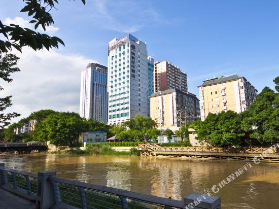 福州海联亚朵酒店