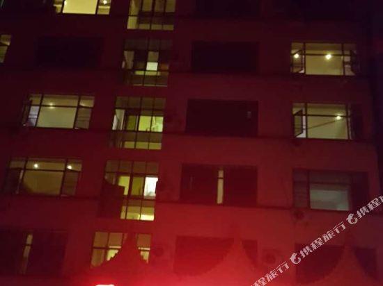 勐腊宝乐大酒店