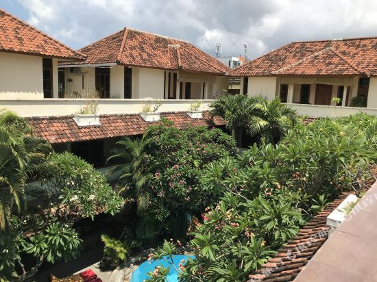 Secret Garden Inn Kuta Bali Price Address Reviews