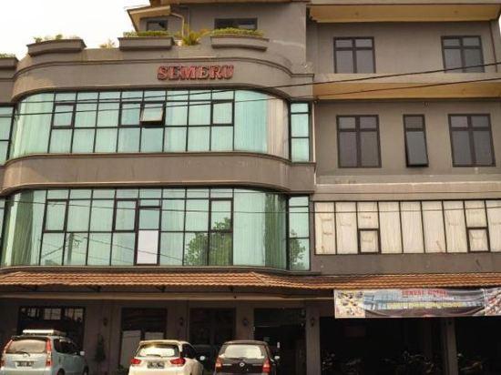Hotel Semeru Kota Bogor Price Address Reviews