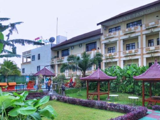 Zamzam Hotel And Resort Batu 7 3 Price Address Reviews