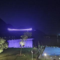 Baojing Palace Swan Lake Hot Spring Hotel User Photo