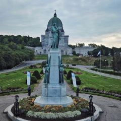 Saint Joseph's Oratory of Mount Royal(L'Oratoire Saint-Joseph du Mont-Royal) User Photo