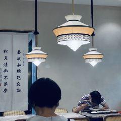 Chun Feng Song Yue Lou(Chenghuangmiaodian) User Photo