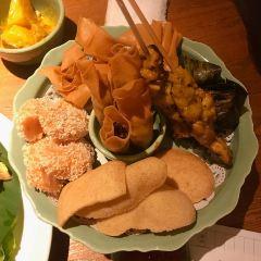 Shi Ji Jiao Ye User Photo