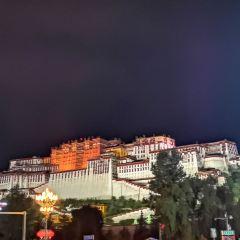 포탈라궁 광장 여행 사진