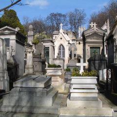 Père-Lachaise Cemetery User Photo