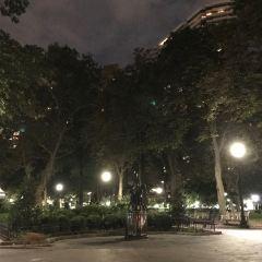 리튼하우스 광장 여행 사진