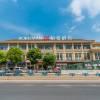 柏曼酒店(重慶三亞灣輕軌站店)