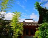 宏村半城柳色客棧
