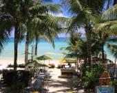 藍色海浪沙灘小屋住宿加早餐旅館
