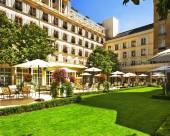 巴黎勒布里斯托酒店 – 歐特家酒店系列