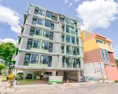 OYO 1061 Peaberry Place Apartment