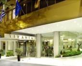 泰坦尼亞酒店