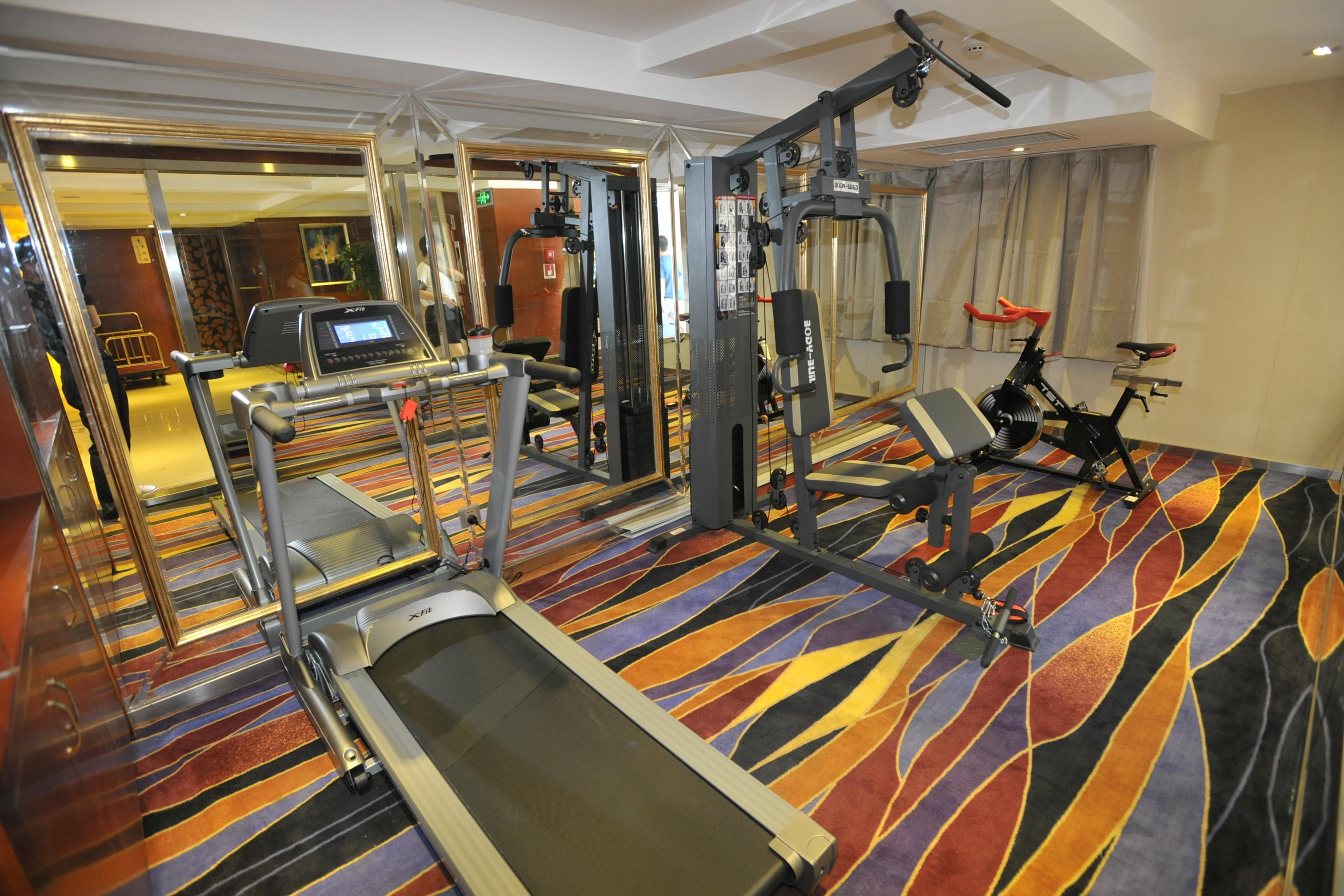 健身中心 Fitness Room
